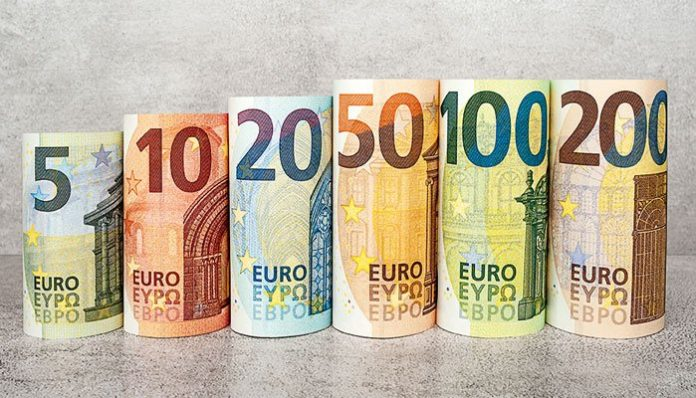 Today Euro in Pakistan on 25 July 2021 - EUR to PKR
