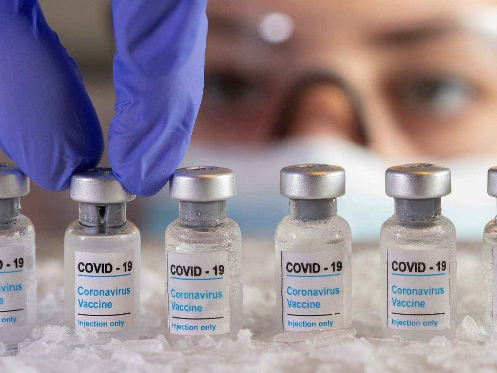 Nearly 8mn people receive COVID jabs in Pakistan: NCOC